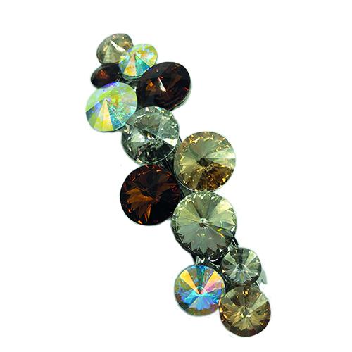 Grote patentspeld met bruine kristallen